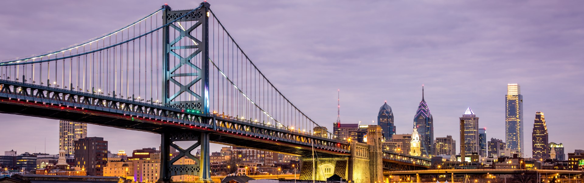 Ben-Franklin-bridge-and-Philadelphia-skyline.jpg